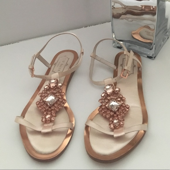 916c2b1d1a1b99 Ted Baker sandals. M 5a9b0048fcdc31ec227103b1